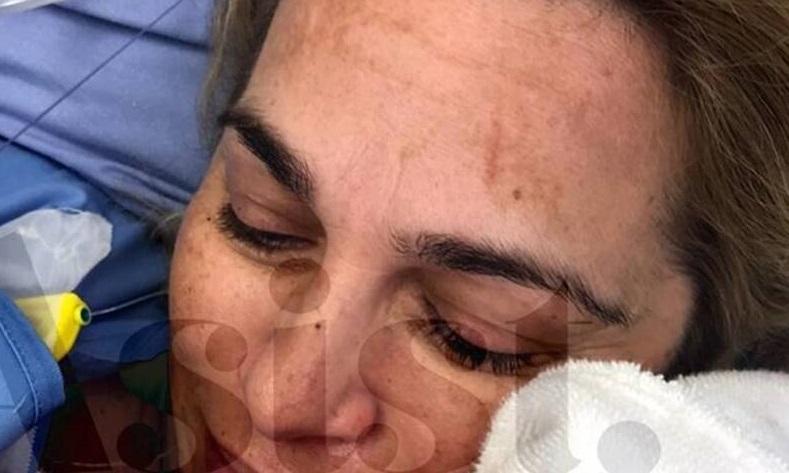 """""""Η μητρότητα δεν είναι προνόμιο δικό μου"""": Η Τζένη Μπότση μάς δείχνει τη νεογέννητη κορούλα της και συγκινεί"""