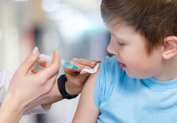 """""""Πειράζει να κάνει στο παιδί μου το εμβόλιο της γρίπης ενώ δεν ανήκει σε ομάδα υψηλού κινδύνου;"""""""
