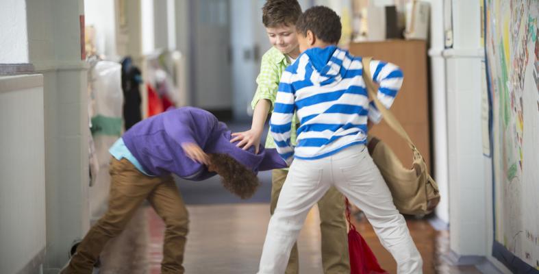 «Bullying- Μήπως το παιδί μου είναι θύμα;»: Δωρεάν ομιλία από το infokids.gr στα Public Συντάγματος