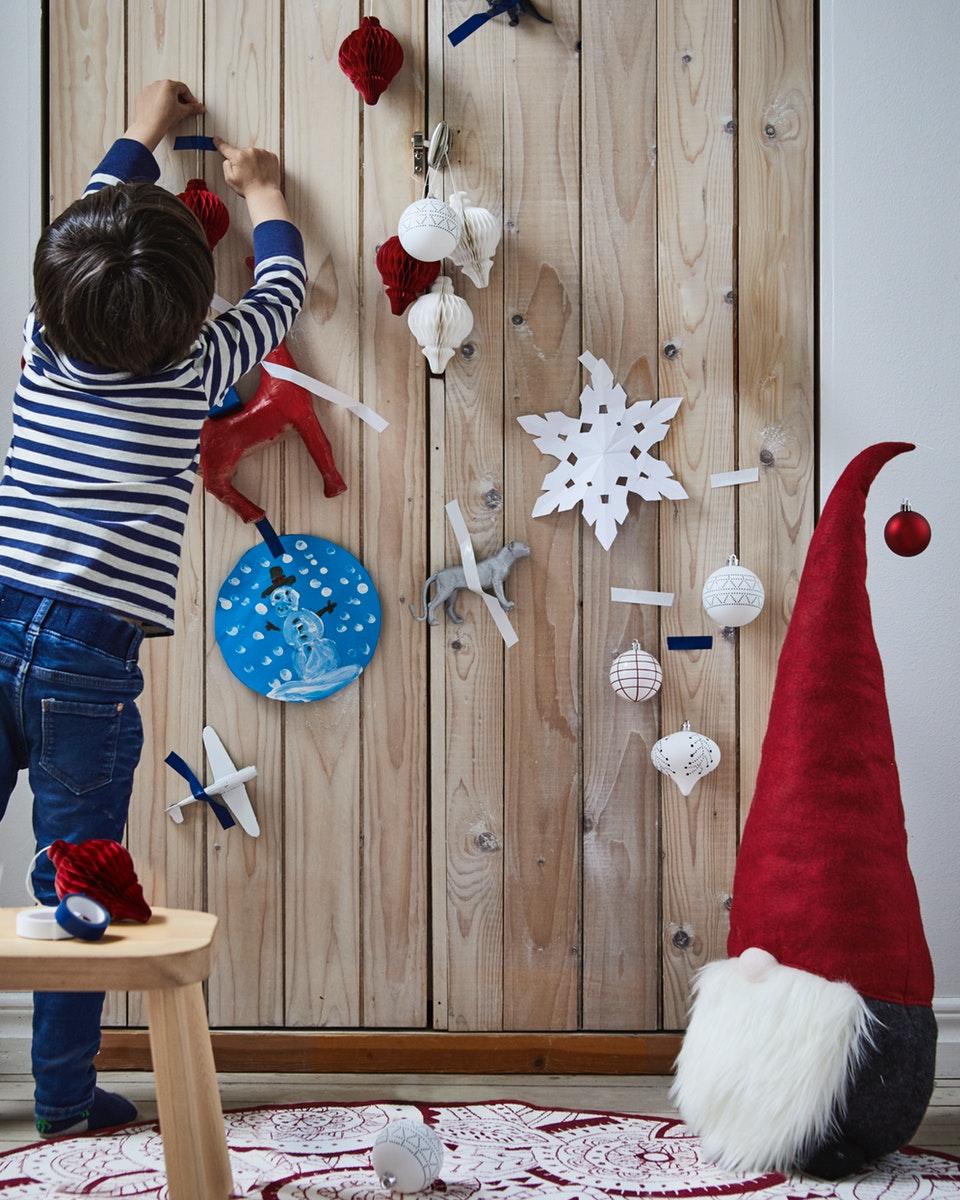 Η ΙΚΕΑ φέρνει τη γιορτινή Χριστουγεννιάτικη ατμόσφαιρα στο σπίτι σας!