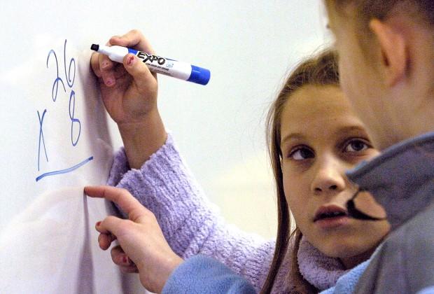 Τα Μαθηματικά ΔΕΝ είναι αγορίστικη υπόθεση – Η νέα έρευνα που ανατρέπει όλα όσα πιστεύαμε