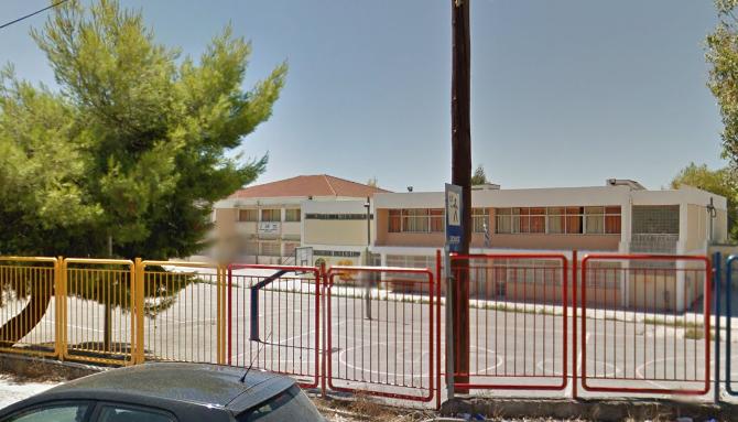 Ελληνικό σχολείο κλείνει από σήμερα έως και την Δευτέρα λόγω… ψείρας σώματος!