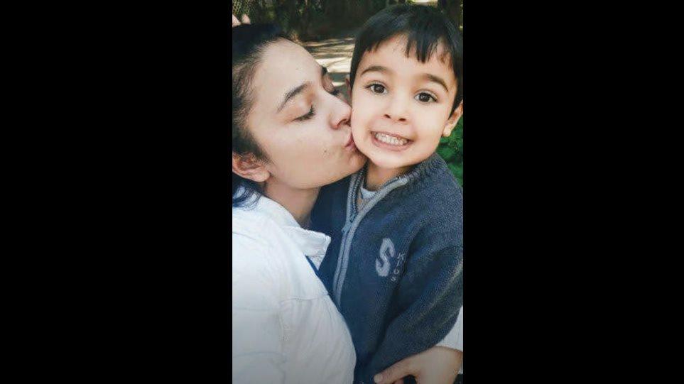 «Τον αγαπάω ακόμα»: Η εξομολόγηση της συζύγου του 27χρονου που σκότωσε τον 4χρονο γιο τους και αυτοκτόνησε