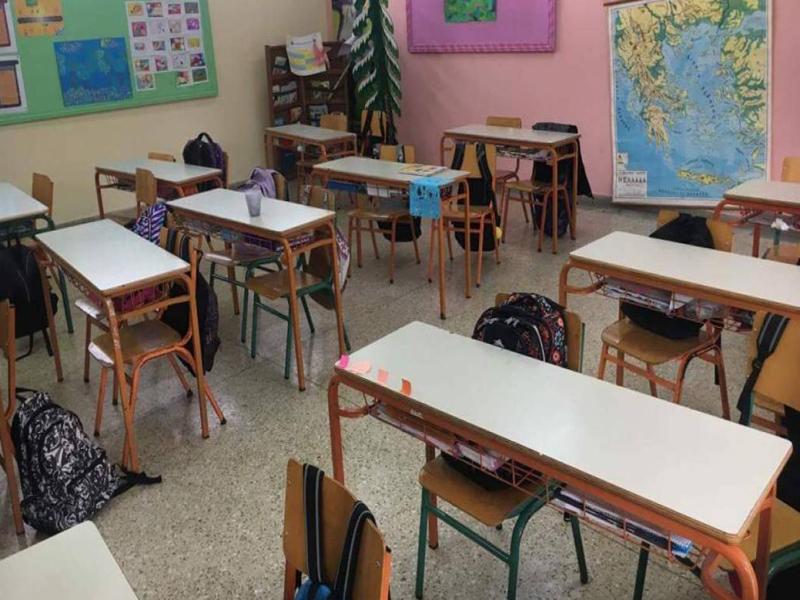 """Πέτσας: """"Τα σχολεία παραμένουν κλειστά μέχρι την Πέμπτη 7 Ιανουαρίου"""""""