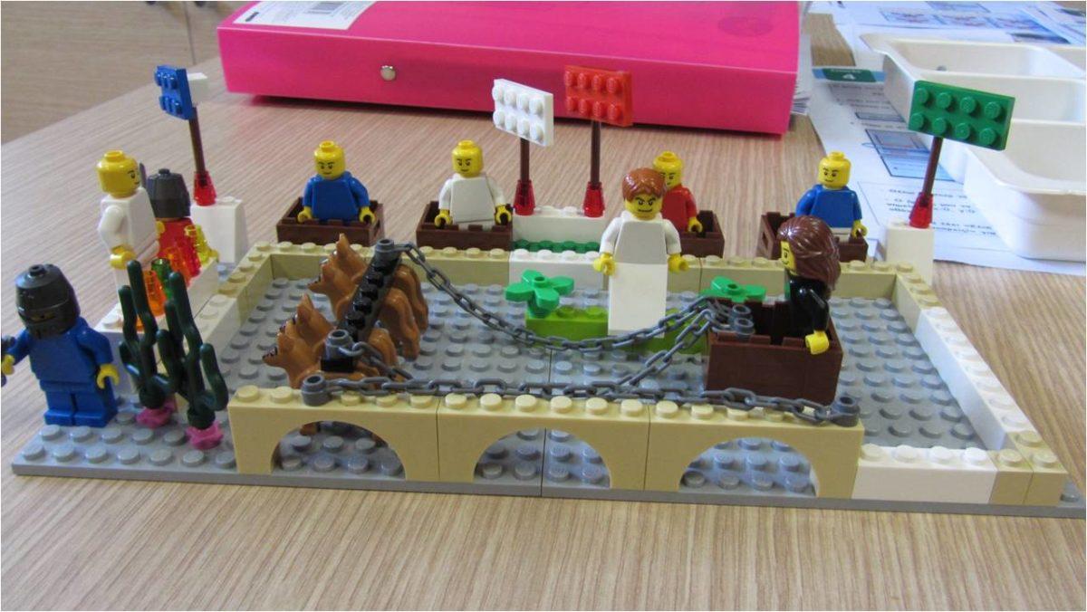 Υπάρχουν τουλάχιστον 5 καλοί λόγοι για να μπουν τα δομικά στοιχεία LEGO® στο μάθημα της Ιστορίας