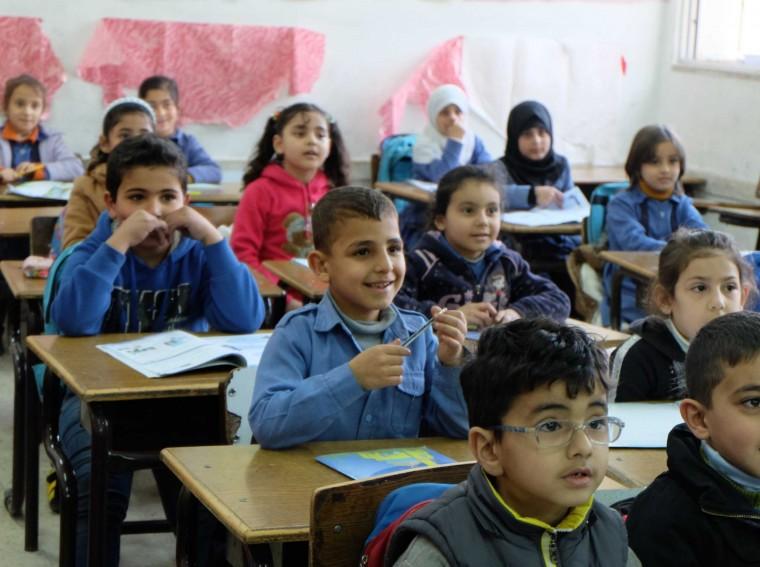 ΕΚΠΑ: 90ωρα δωρεάν εκπαιδευτικά σεμινάρια για εν ενεργεία εκπαιδευτικούς με προσφυγόπουλα στις τάξεις τους