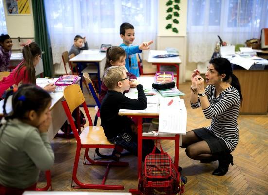 Νίκη Κεραμέως: Πάνω από 150.000 αιτήσεις εκπαιδευτικών για 5.250 προσλήψεις στα δημόσια σχολεία