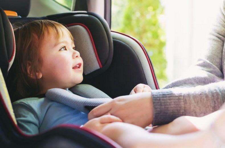 Γεν. Γρ. Βιομηχανίας: Ανακαλούνται αυτοκίνητα για επισκευή της βάσης ISOFIX παιδικού καθίσματος