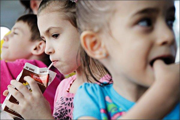 """""""Είναι διαφορετικό να τρως μπριάμ στο σχολείο"""": Η άποψη ενός μπαμπά που αξίζει να ακούσουμε"""