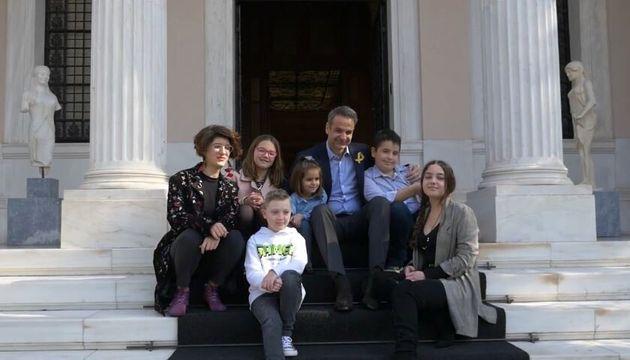 Αυτά τα παιδιά έδωσαν μάχη με τον καρκίνο και βγήκαν νικητές – Σήμερα τα υποδέχτηκε ο Κ. Μητσοτάκης
