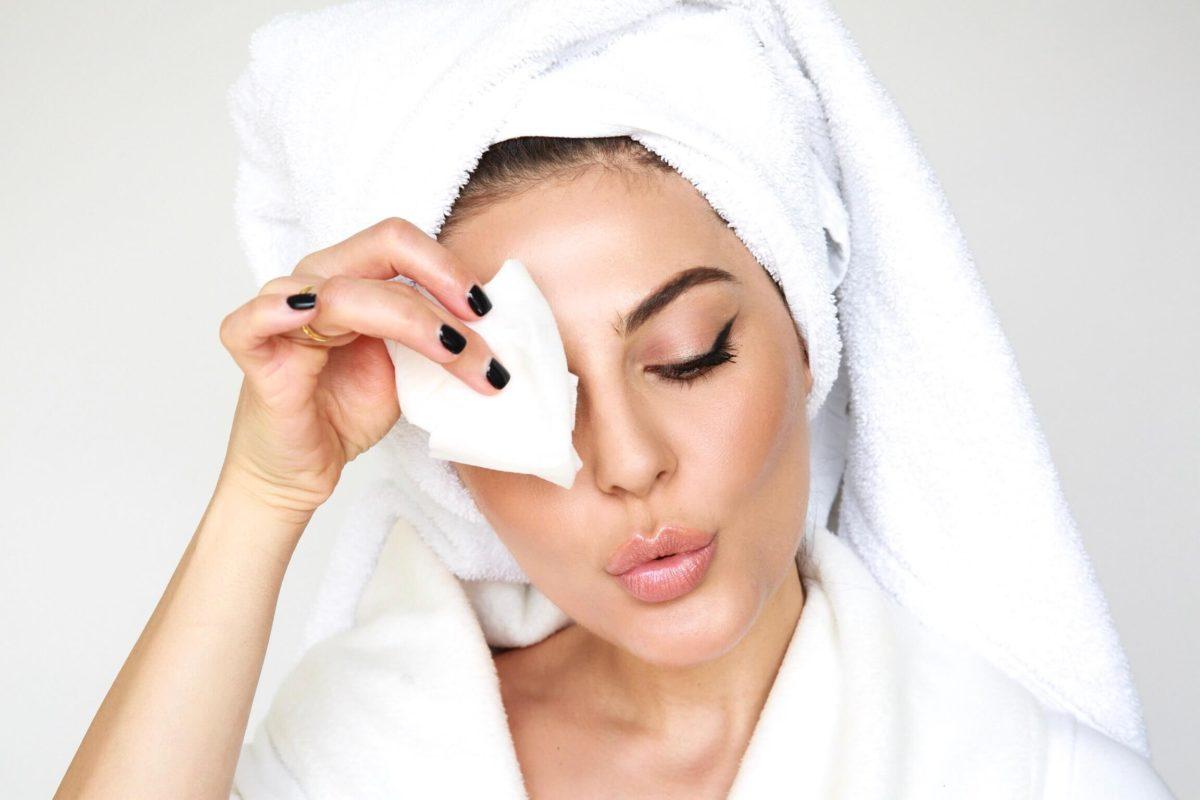 Προσοχή! Ανακαλούνται υγρά μαντηλάκια, αφρός ξυρίσματος και κρέμα χεριών – Έχουν επικίνδυνες χημικές ουσίες