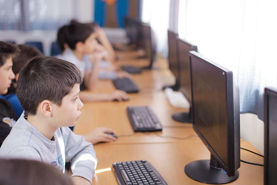 Υπουργείο Παιδείας: Ξεκινούν τα μαθήματα για τις Εξετάσεις Κρατικού Πιστοποιητικού Πληροφορικής