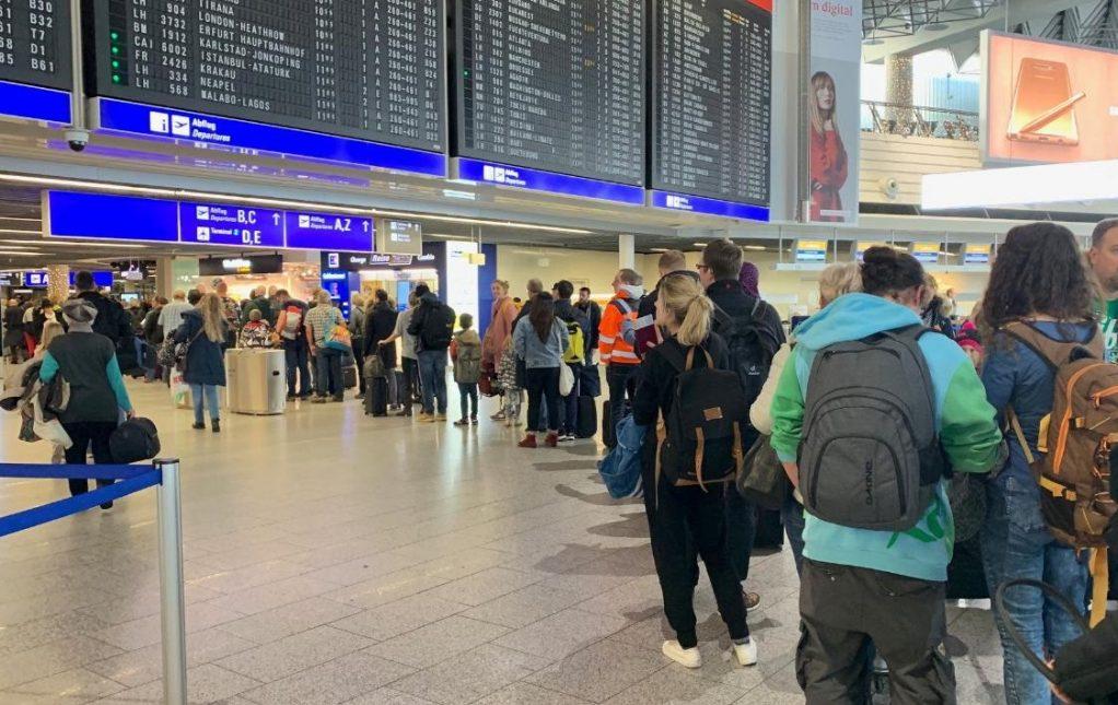 Επέστρεψαν στην Ελλάδα μαθητές σχολείων που πήγαν εκδρομή στην Ιταλία