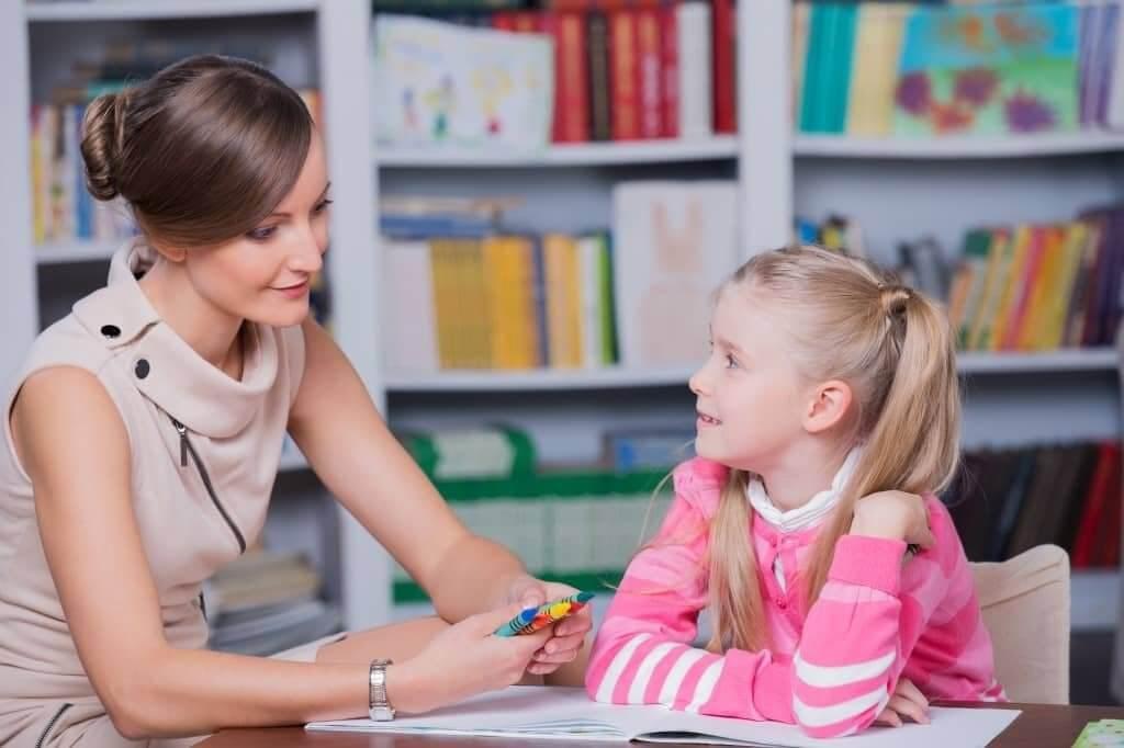 2020-2021: Κοινωνικοί λειτουργοί και ψυχολόγοι στα σχολεία – Ίδρυση νέων πρότυπων και πειραματικών