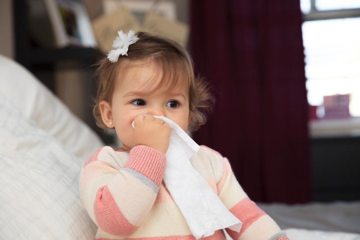 Προστατεύστε το μωρό σας από τις ιώσεις με 5 απλά βήματα