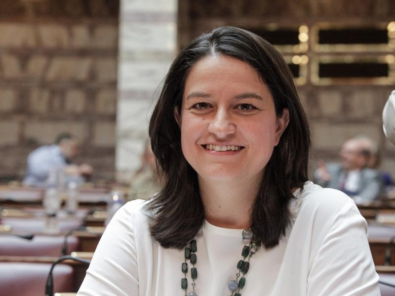 Η παρέμβαση που ανάγκασε την Νίκη Κεραμέως να αναστείλει τις σχολικές εκδρομές στην Ιταλία