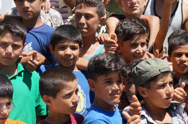 Υπ. Μετανάστευσης και Ασυλου: Αναζητά εποπτευόμενα διαμερίσματα για τα ασυνόδευτα προσφυγόπουλα