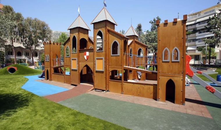 Κλείνουν όλες οι παιδικές χαρές και αθλητικοί χώροι στη Γλυφάδα