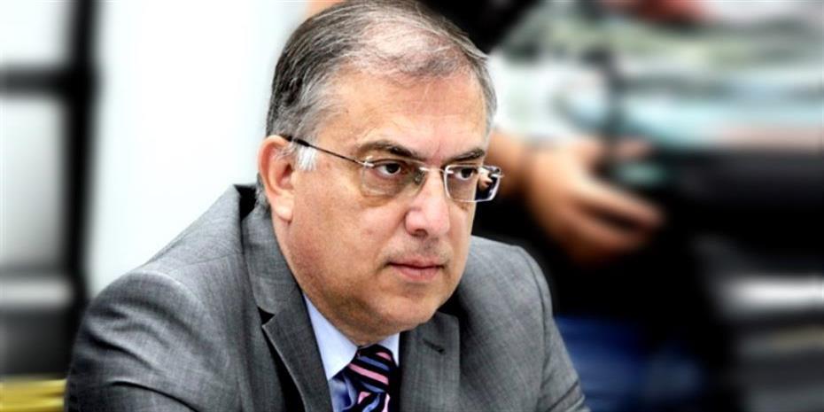 """Υπουργός Εσωτερικών: """"Η άδεια ειδικού σκοπού παρατείνεται όσο παραμένουν κλειστά σχολεία"""""""