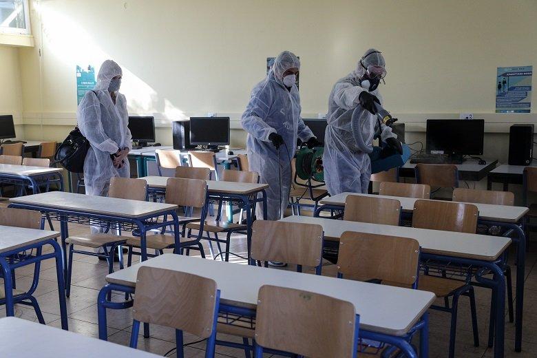 Προληπτικές απολυμάνσεις σε σχολεία και παιδικούς σταθμούς αποφάσισε ο Δ. Πετρούπολης