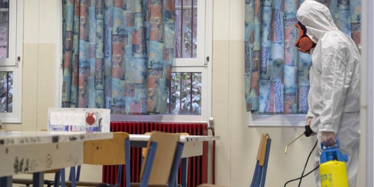 Υπουργείο Υγείας: Γιατί έκλεισαν επισήμως τα συγκεκριμένα 28 σχολεία;