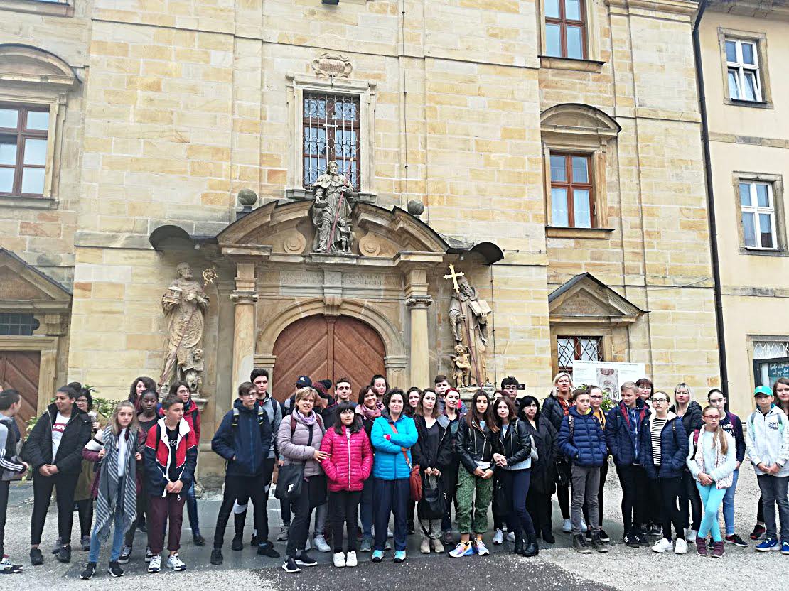 Κορονοϊός και σχολείο: 6 απαντήσεις για το εκπαιδευτικό πρόγραμμα Erasmus+ και τις σχολικές εκδρομές