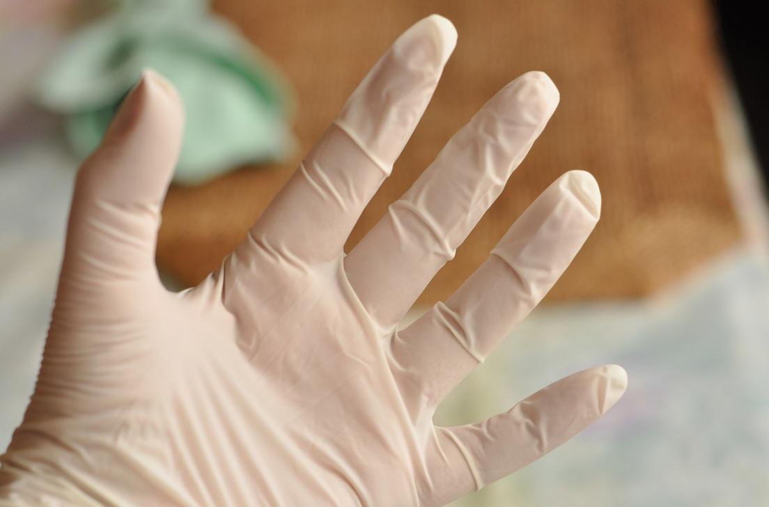 ΕΟΦ: Ανακαλούνται γάντια μιας χρήσης – ΜΗΝ τα χρησιμοποιείτε