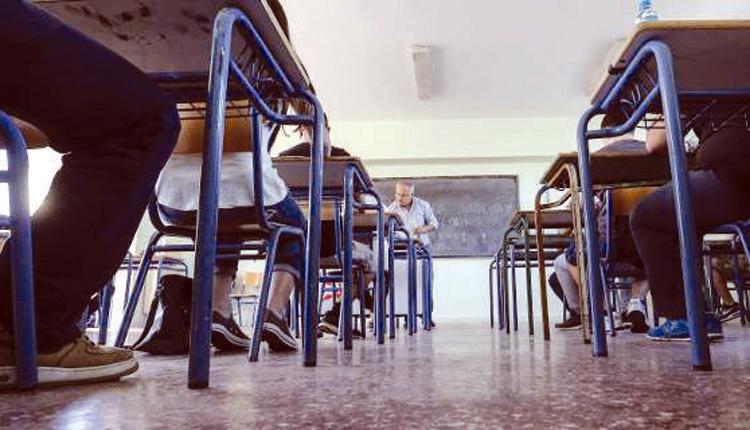 """ΟΛΜΕ: """"Να μην γίνουν οι μαθητές Γυμνασίου και Λυκείου πειραματόζωα"""" – ΟΙΕΛΕ: """"Θέατρο του παραλόγου το άνοιγμα σχολείων"""""""