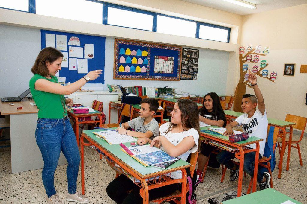 Ζαχαράκη: Δεν ξέρουμε αν η επιστροφή στις τάξεις θα είναι υποχρεωτική – Τι θα γίνει με τα παιδιά ευπαθών ομάδων
