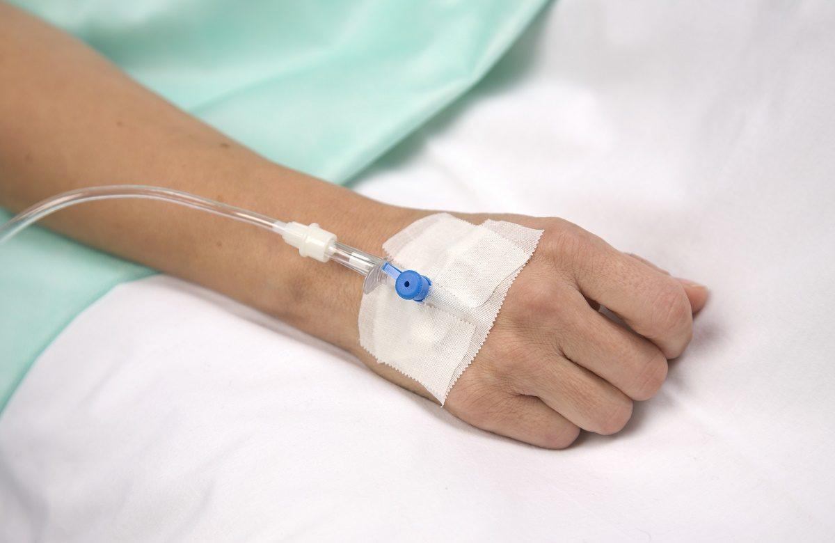 Αεροδιακομιδή 17χρονης με υψηλό πυρετό – Έχει υποβληθεί σε τεστ για κορωνοϊό