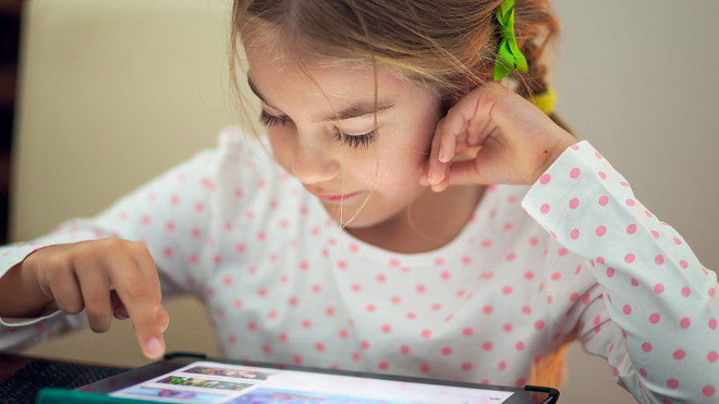 Υπ. Παιδείας: Δωρεάν tablet στους μαθητές που τα έχουν ανάγκη – Θα τα μοιράζουν οι Διευθυντές των σχολείων