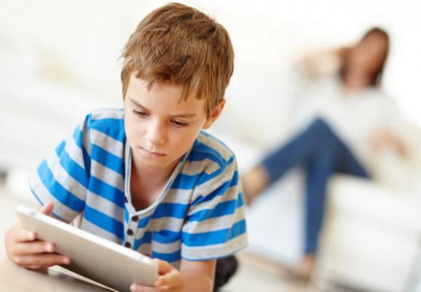 Κεραμέως: Ο διευθυντής του σχολείου θα δανείζει tablet και laptop στους μαθητές για την εξ αποστάσεως εκπαίδευση