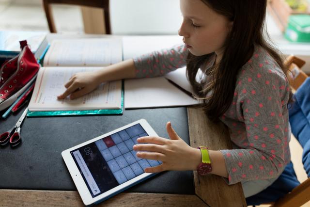 Δ. Πεντέλης: Προσφέρει δωρεάν tablet και internet στους μαθητές για την εξ αποστάσεως εκπαίδευση