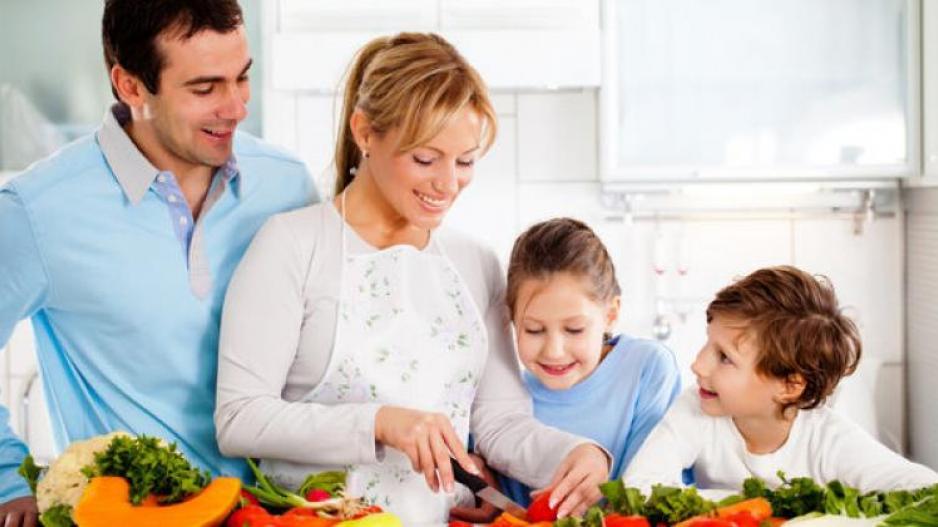 Το σωστό εβδομαδιαίο οικογενειακό πρόγραμμα διατροφής για να αντεπεξέλθει ο οργανισμός σε κάθε λοίμωξη