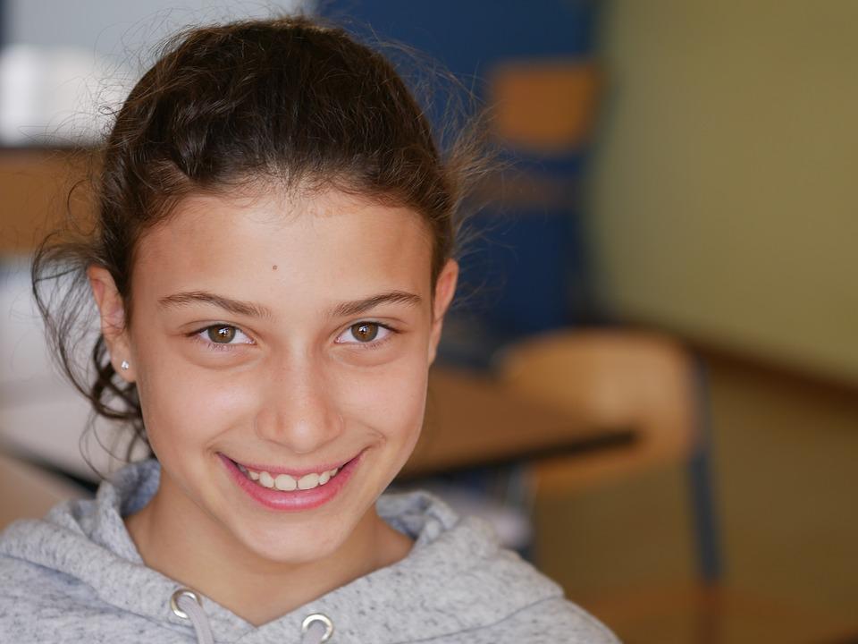 Ζαχαράκη για άνοιγμα Δημοτικών: «Ουδείς θα ρίσκαρε την υγεία παιδιών και οικογενειών»