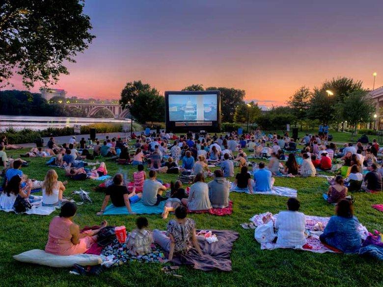 Αυτές είναι οι καλύτερες παιδικές και εφηβικές ταινίες που θα απολαύσουμε φέτος το καλοκαίρι!