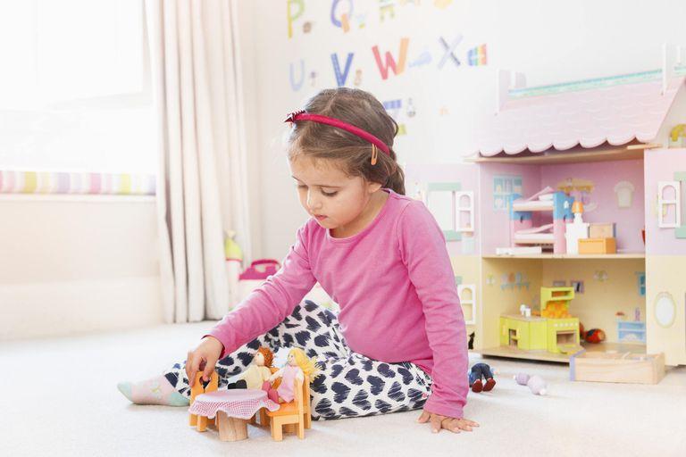 Ανακαλούνται παιδικές παντόφλες – MHN αφήνετε τα παιδιά να τις φοράνε