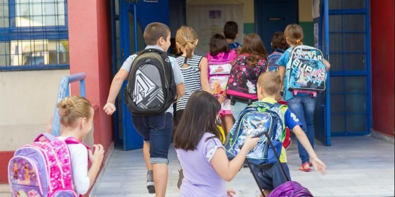 Αντιπρόεδρος ΔΟΕ στο Infokids: «Η αντιστοίχιση των μαθητών ανά τάξη έπρεπε να γίνει βάσει τετραγωνικών»