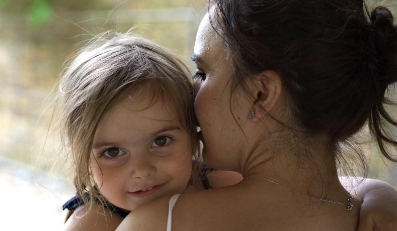 Αυτήν την αίσθηση μας δίνουν οι μαμάδες… της ανιδιοτελούς αγάπης χωρίς όρια