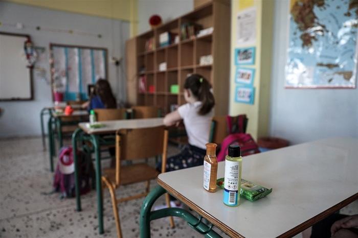 Επιστροφή στα Δημοτικά για 8 στους 10 μαθητές – Πώς κύλησε η πρώτη μέρα στο σχολείο