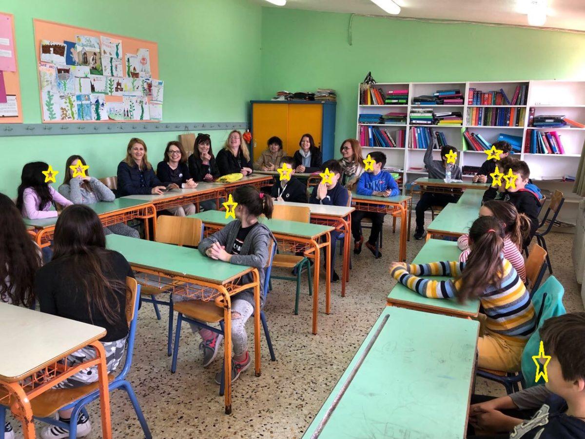 Ζαχαράκη: Aυτός είναι ο λόγος που εισάγουμε τα Αγγλικά στο Νηπιαγωγείο – Η θέση της για τους 25 μαθητές ανά τάξη
