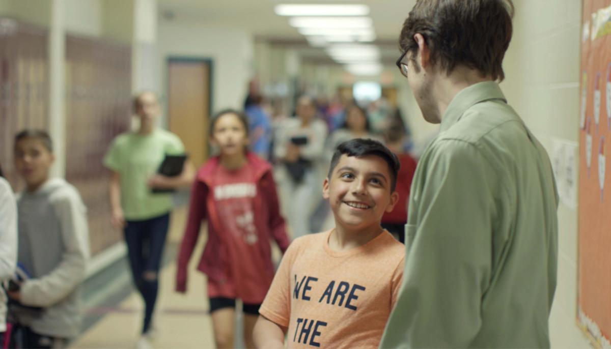 Από το Σεπτέμβριο κάθε δημόσιο σχολείο αποκτά Σύμβουλο Σχολικής Ζωής για την καθημερινή στήριξη των μαθητών