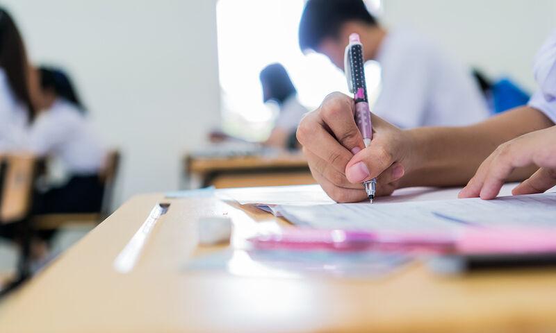 Πανελλήνιες 2020: 17χρονη υπέστη κρίση πανικού την ώρα της εξέτασης