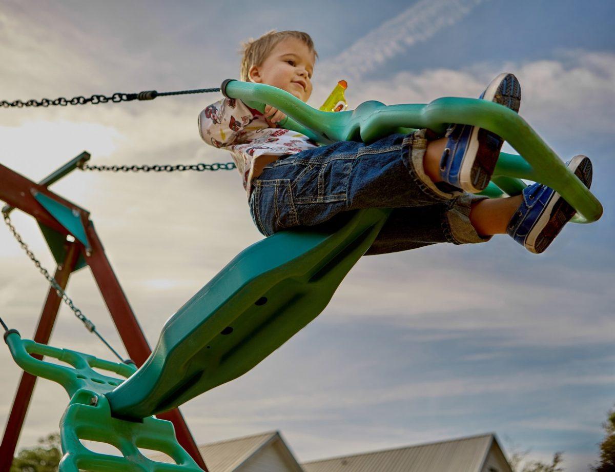 Ανοίγουν από αύριο οι παιδικές χαρές του Δήμου Αθηναίων – Ποιες ώρες θα λειτουργούν