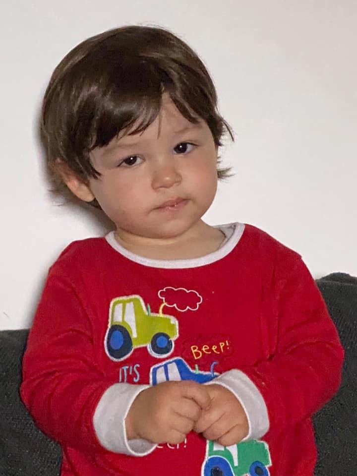 Έκκληση για βοήθεια: Ο μικρός Άγγελος διαγνώστηκε με όγκο στο μάτι – Πώς να βοηθήσουμε