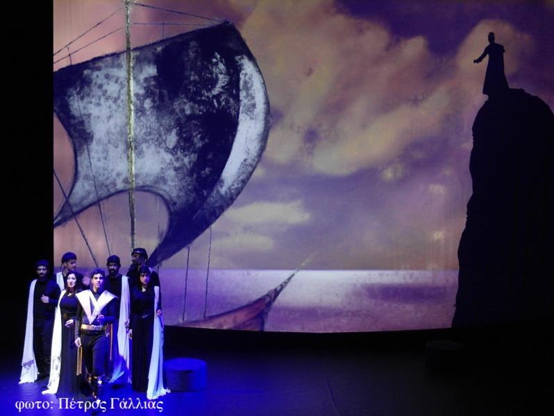 «Ο Θησέας και ο Μινώταυρος» της Κάρμεν Ρουγγέρη σε καλοκαιρινή περιοδεία! (από 3/8)
