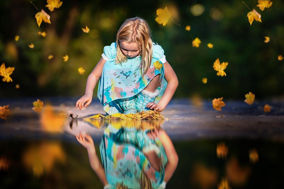 Η παιδική ηλικία είναι το βασίλειο της μεγάλης δικαιοσύνης και της βαθιάς αγάπης