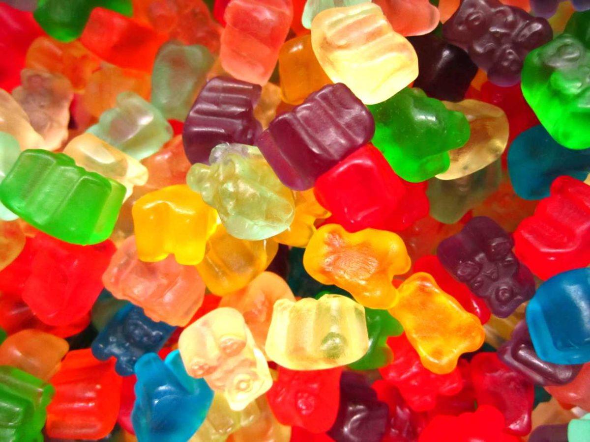 Φτιάξτε στο σπίτι σας υπέροχα ζελεδάκια αρκουδάκια χωρίς ζάχαρη με τρία υλικά