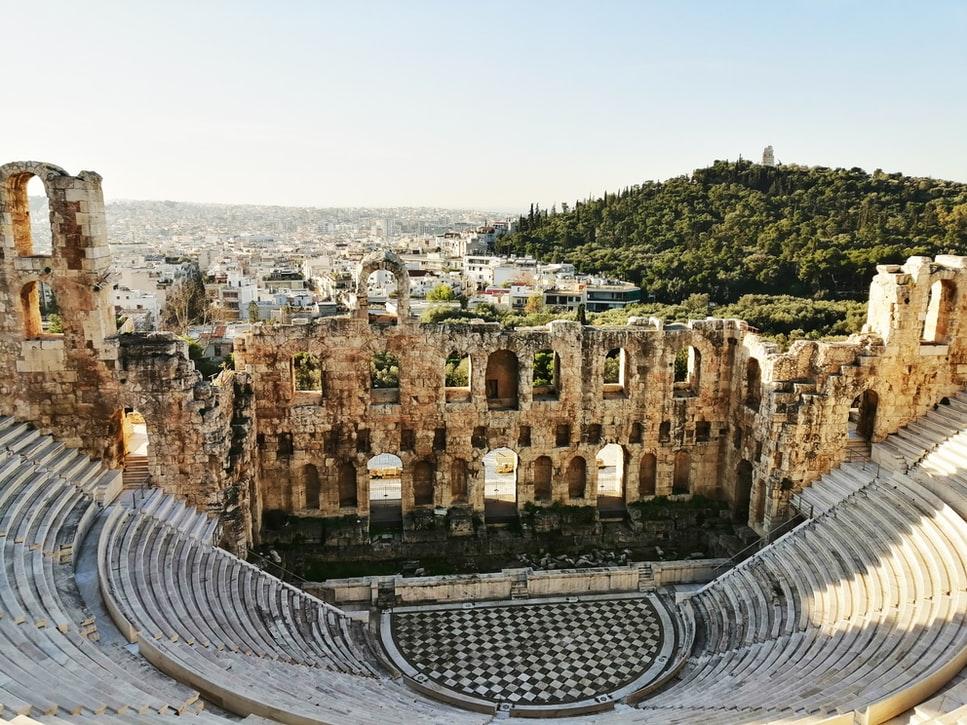 Πάρτε τα παιδιά και απολαύστε μαζί τους δωρεάν παραστάσεις και συναυλίες σε υπέροχους αρχαιολογικούς χώρους της Ελλάδας