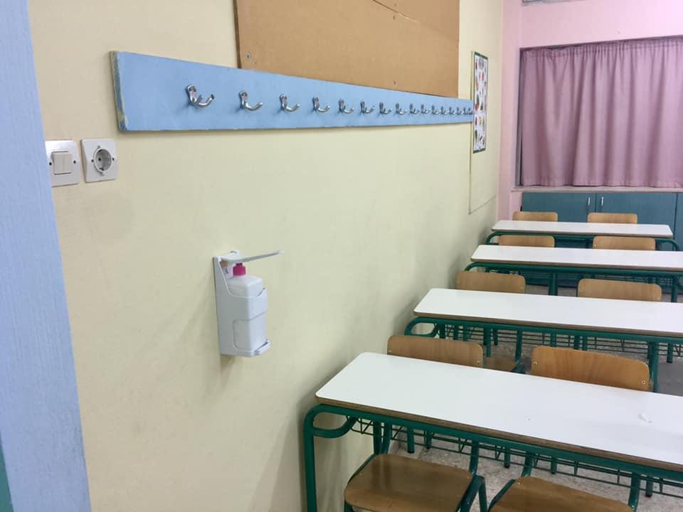 Σύψας: «Aναμέναμε κρούσματα στα σχολεία. Τα περισσότερα λειτουργούν κανονικά» – «Στόχος να παραμείνουν ανοιχτά»